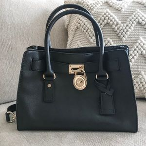 Micheal Kors Black tote purse